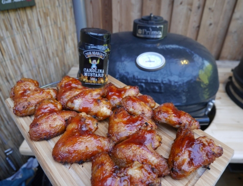 Gebrinte Chicken Wings mit Carolina Mustard und Apple Bourbon Glaze